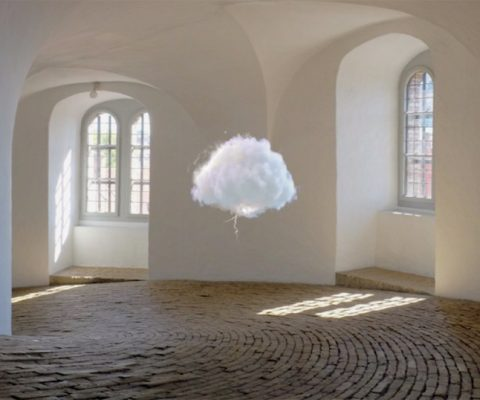 PERFORMING CLOUDS- PAREIDOLIE OLOGRAFICHE